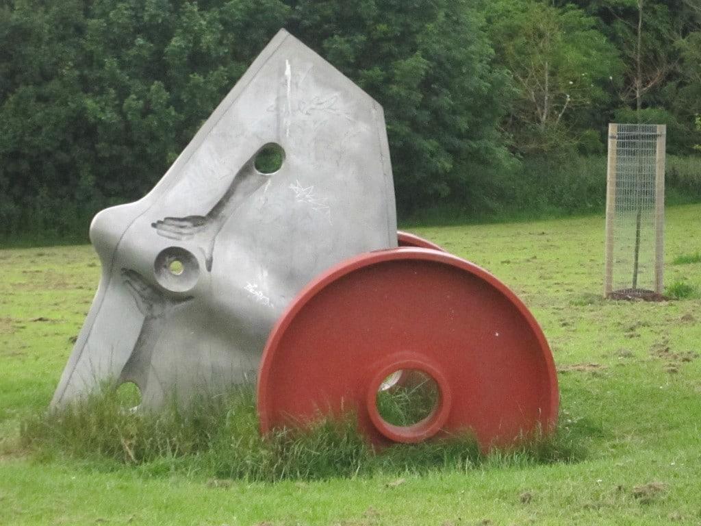 sculpture, aluminium and cast iron