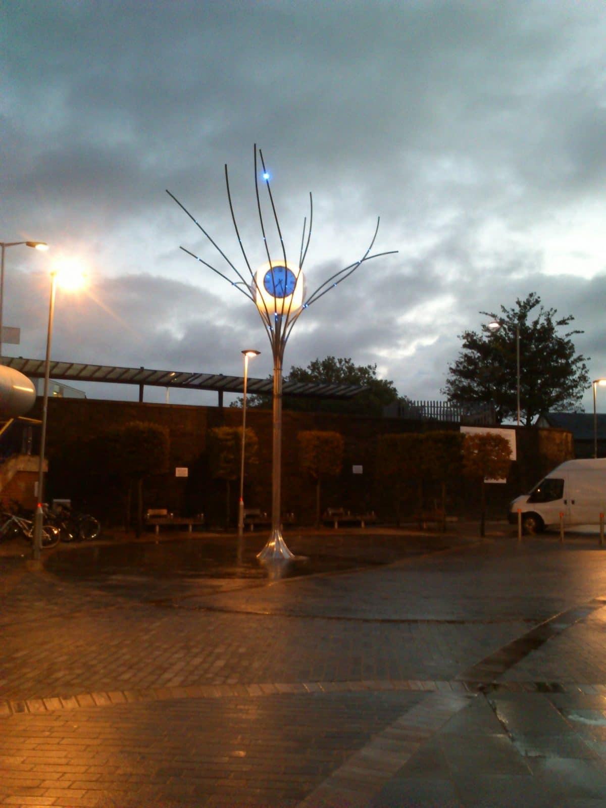 Swindon Jubilee clock 3