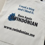 canvas bags saying I read a blog and I liked it - 10 things to celebrate about Swindon