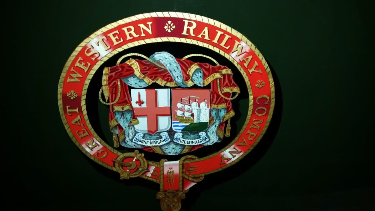 GWR livery and coat of arms