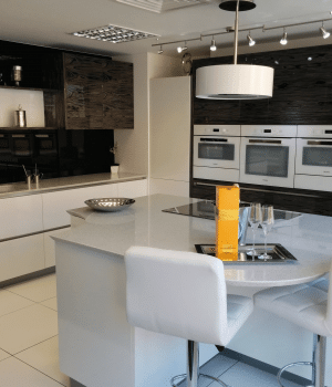 kitchens-4-today-white-front-showroom-kitchen