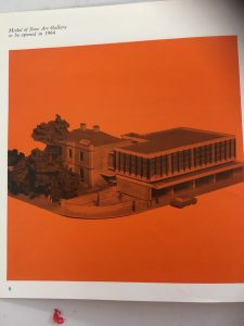 Photo of a model of Apsley House and the 1964 art gallery annexe.
